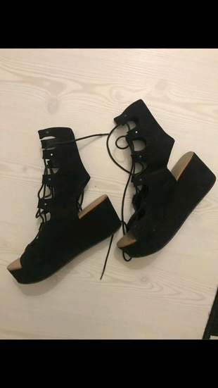 şık sandalet