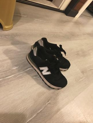 ............ Ayakkabı