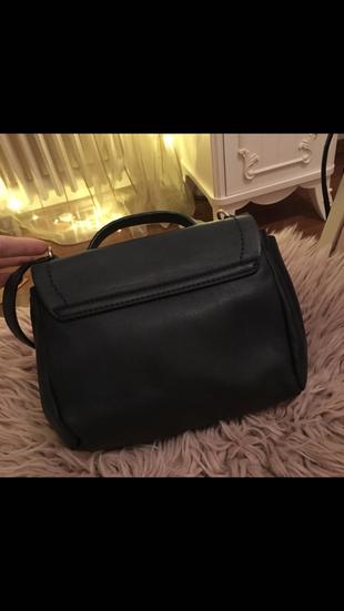 Askılı çanta. Yenidir