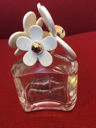 Parfüm Şişesi Marc Jacobs