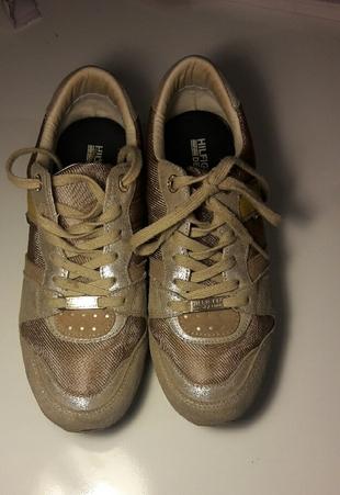 tommy spor ayakkabi