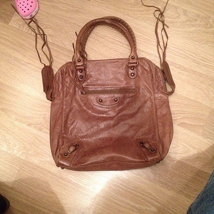 Kullanılmış çanta