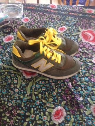 Askeri yeşil new balance spor ayakkabı