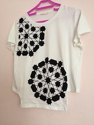m Beden çeşitli Renk Desenli Beyaz Tişört