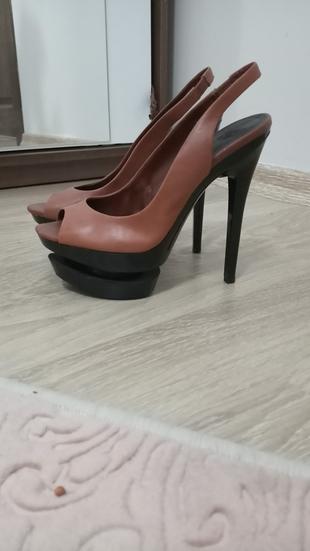 Tasarım Ayakkabı