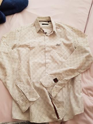 Orjinal gucci erkek gömleği. abim için yurt dışından almıştım am