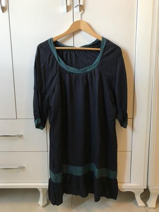 Lacivert Elbise.. Batik