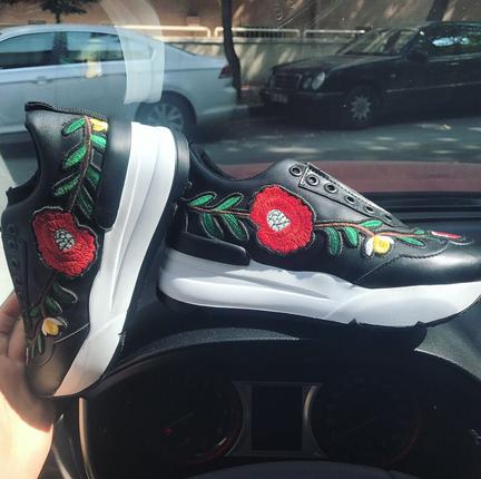 Nakışlı Tarz Sneakers Shoe Tek