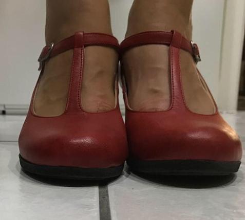Beta Retro Kırmızı Ayakkabı Beta