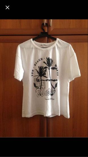 Beyaz Desenli Tişört T-shirt