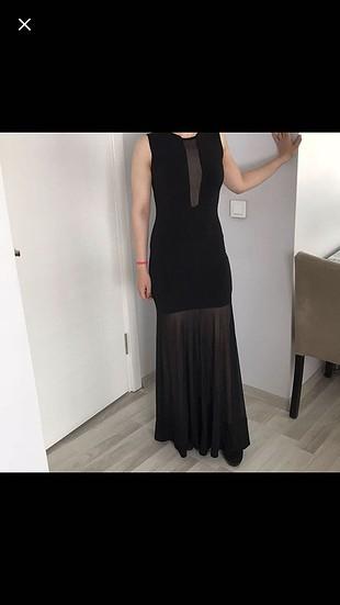 Siyah transparan elbise