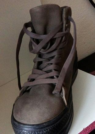 tabanlı ayakkabı