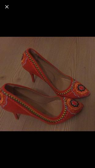 7Cm Topuklu Nakışlı Stiletto Shoe Tek