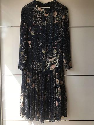 Uzun tül elbise