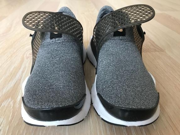 35.5 numara nike spor ayakkabı