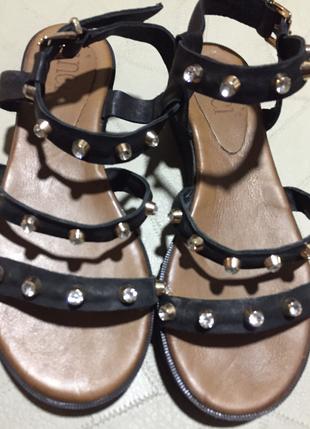 Parlak Taşlı Sandalet Ayakkabı