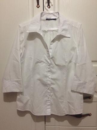 Beyaz Gömlek Atmosphere