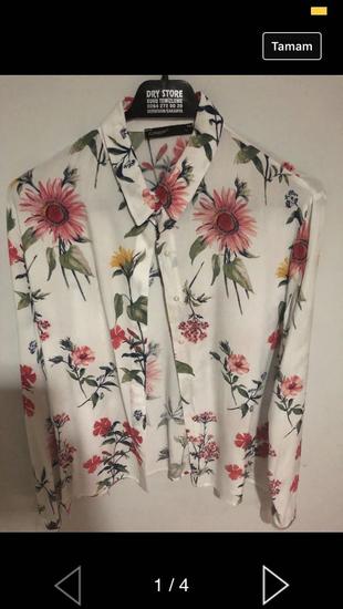 Çiçekli Gömlek Gömlek