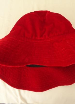 F & F kırmızı şapka
