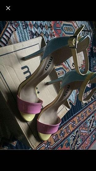 Efsane ayakkabı