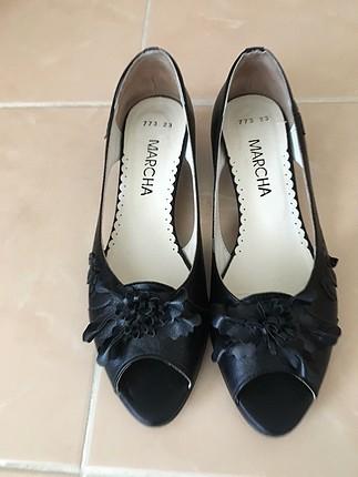 Siyah yazlık ayakkabı