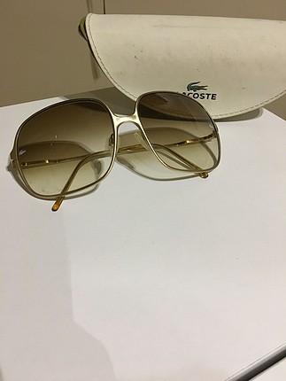 Altın sarı kare çerçeve degrafe cam güneş gözlüğü