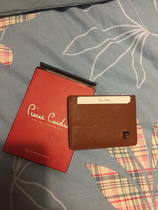 Pierre Cardin marka kutusunda gerçek deri kartlık