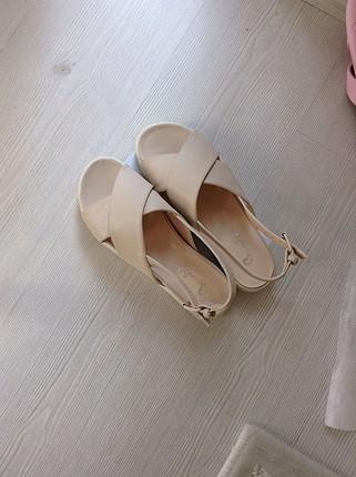 Bambi 37 num tertemiz ayakkabı sandalet
