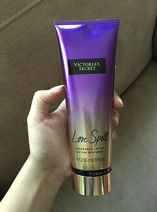 Victoria?s secret vücut losyonu