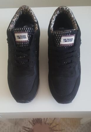 tommy yürüyüş günlük ayakkabi