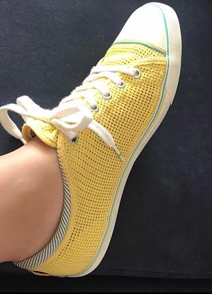 Lacoste sarı ayakkabı