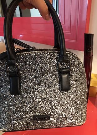 Simli el çantası