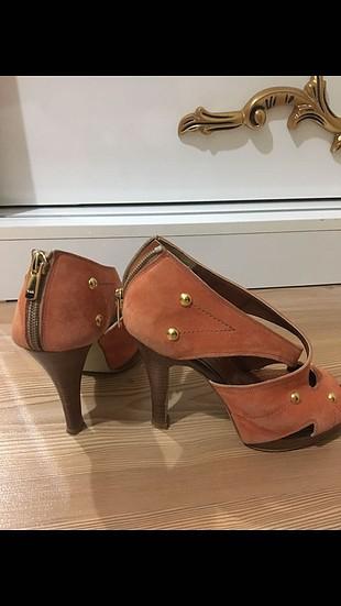 Günlük topuklu ayakkabı