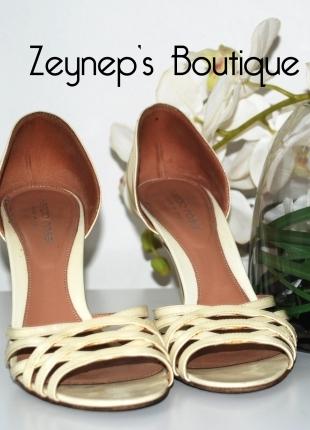 Krem Rengi Ayakkabı