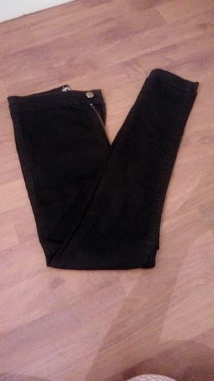 siyah dar pantalon