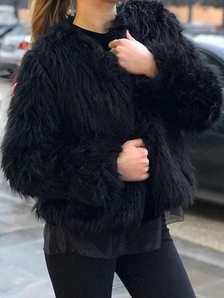s Beden siyah Renk STRADİVARİUS MARKA KÜRK